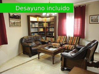 Casa Rural La Biblioteca. 6 habitaciones con capacidad para 12 adultos y ninos