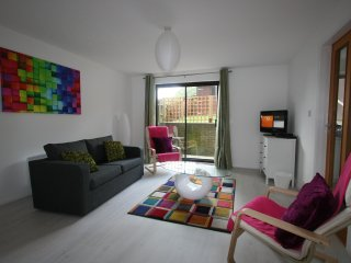Modern lounge diner with sofa (sofa bed), recliners, TV, DVD, Free SAT, WIFI and Dining Table
