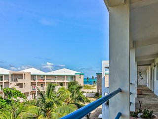 Elegant oceanfront condo w/ lovely views, shared pool - private & tranquil!