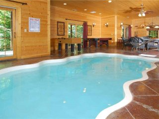 Grace Manor! Indoor Pool, Hot Tub, and 6 Master Suites. Views and Luxury Decor!!