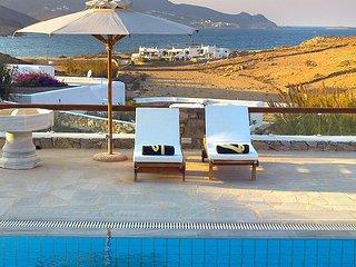 Zen Art Villa, 4-bedroom sea view villa with unique style