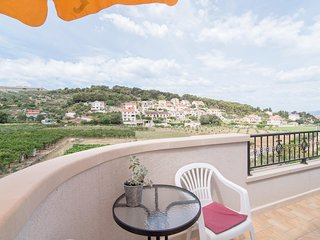 Apartments Mare- One Bedroom Apartment with Garden View