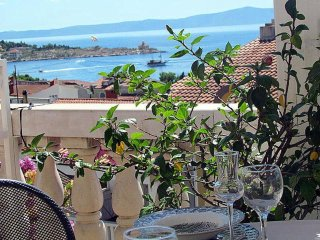 Beautiful Vacation Apartment in stone house for 4-5 Persons with seaview - OPIS
