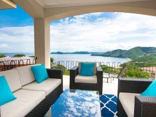 Amazing Ocean View Condo - Villa Lorenzo