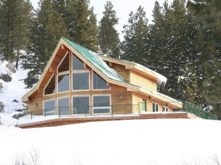 Gorgeous View on Spacious 2.5 Acre Lot, Close to Skiing and Fishing
