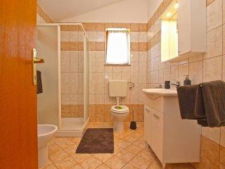Apartment 4951