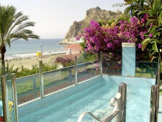 Sea Dreams House. Frente al Mar. Playa Poniente. La Cala de Benidorm