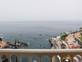 Great Ocean View Apartment in Puerto de Santiago