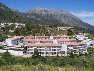 Superb large apartment with fantastic mountain views