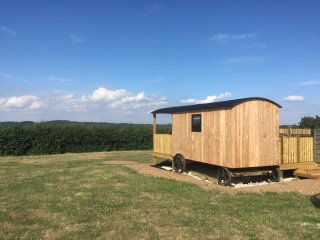 Stunning Shepherds Hut, situated in Test Valley, close to the New Forest