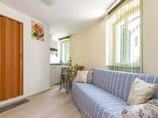 Old Town Split Apartment - Bova