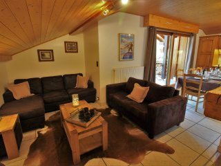 SKI-IN-SKI-OUT Apartment Edelweiss, 30m from Lifts
