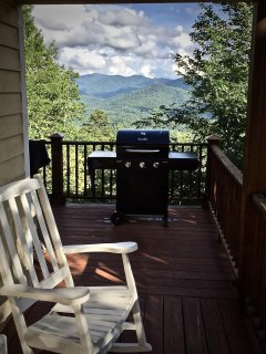 Grilling out has never been more 'View-licious'!