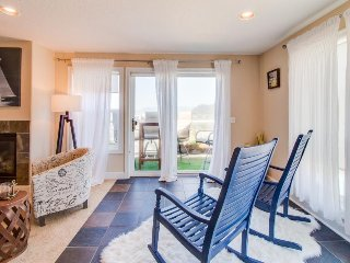 Dog-friendly home w/ private balcony & ocean views - easy walk to the beach!