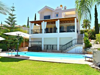 Latchi Villa - 100m to Blue Flag Beach - Sea Views - Private Pool - Table Tennis