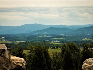 More beautiful views of the Blue Ridge Mountains from Absolute Perfect Escape #1.