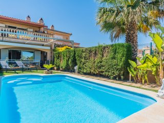 Villa en Lago Esperanza con piscina privada, kayak, Wifi, Barbacoa