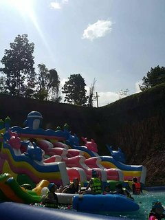 theme parks can be easily reached ... u need to get your adventure bearings
