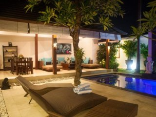 Rumah Raja Luxury Villa