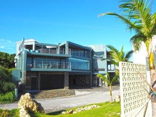 Ocean front - Luxury VILLA OMORO in Nakijin Okinawa
