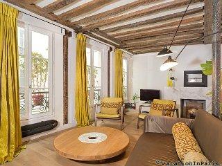 Stylish Marais Three Bedroom - ID# 337