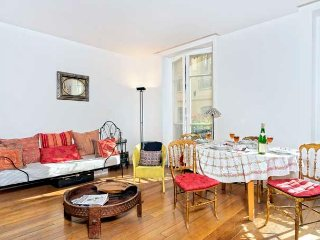 Spacious and Charming One Bedroom - ID# 310
