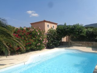 villa with private pool 15 mins from Carcassonne