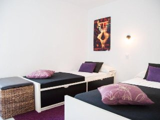 Twin Bedroom for Rent in a Modern Villa
