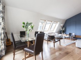 onefinestay - Lambs Conduit Street private home
