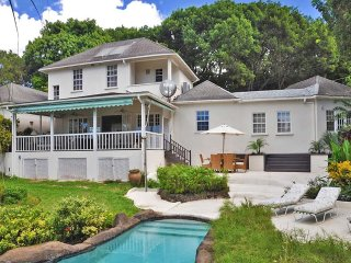 4 Bedroom Sandy Lane Villa + cook + pool + Sandy Lane beach club