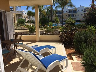 Vila da Praia, Alvor Ground Floor Pool View Apartment