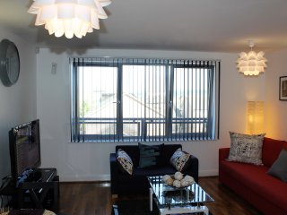 Warrior Close One Bed Apartment Fully Furnished.