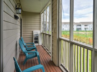 Surfside Beach Family Condo w/ Porch & Lake Views!