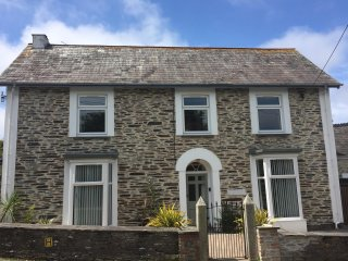 Trevanson Large 3 Bedroom Character House special offer 24th-29th July 5 nights