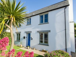 3 bedroom semi detached house, sleeps 6, near Fistral Beach in Newquay, Cornwall