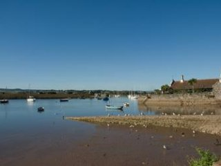 Delightful Devon holiday cottage in the beautiful estuary town of Topsham