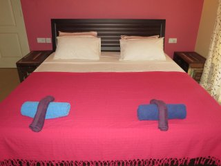 22) Glorious 1 Bedroom Apartment Nagoa, Sleeps 3 & WiFi