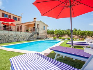 TARONGER - Villa for 6 people in Muro
