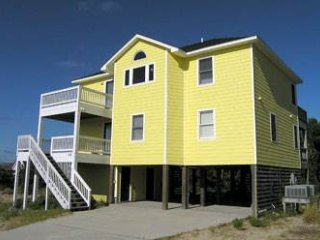 Yellow Beach House ~ RA156778