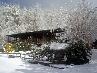 Hummingbird Lodge at Highlands Pass