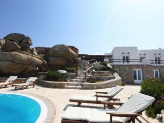 BlueVillas | Villa Grand Paradiso | Private pools close to Super Paradise Beach
