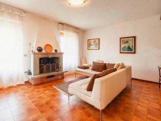 Grande ed accogliente appartamento a Poppi, ideale per coppie e famiglie.