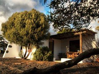 Los Divisos, pequena casa de campo en Teguise