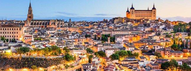 Os vais enamorar Toledo y nosotros haremos todo lo posible para que así sea ¡os esperamos! :)