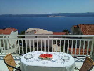 Apartment 2 for 4 P.(2+2) with beautiful view on the mountains and sea