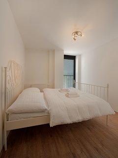 second bedroom (apartment 4.5)