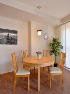 dining area (apartment 4.5)