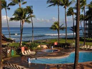 Fantastic Ocean View on the 3rd Floor Located on N. Kaanapali Beach -Sleeps 6