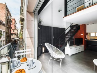 NEW Modern apartment with pool in the center of BCN