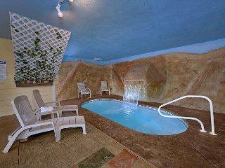 Romantic Getaway Honeymoon Cabin with Indoor Heated Pool and Waterfall